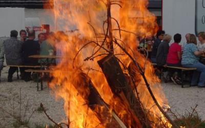 Wenn der Maibaum brennt …